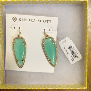 Kendra Scott Light Jade Earring with Gold Trimming